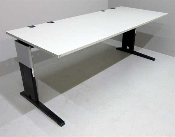 RTR - Schreibtisch 200 cm, sahara