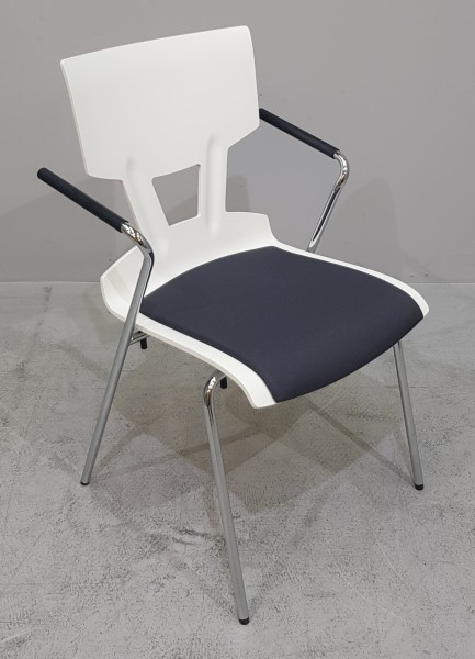 K & N - Besucherstuhl weiß / schwarz