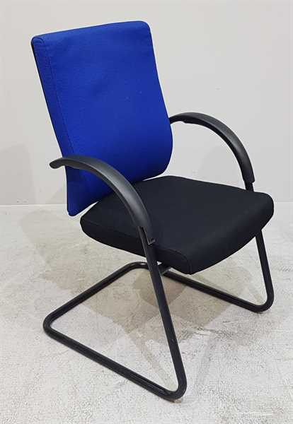 Dauphin - Freischwinger blau / schwarz