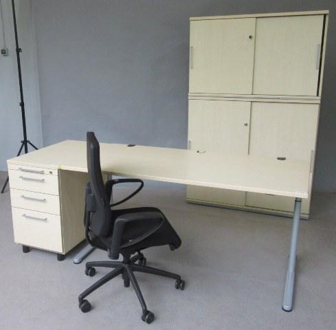 SET-Angebot-ahorn-Moebel-bueromoebel-5-ordnerhohenen-schrwarzer-blauer-stuhl-160-cm-tisch-standcontainer-online-guenstig-kaufen-sparen-4