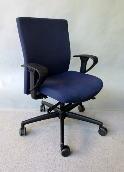 Interstuhl Ataros / 1A22- Bürodrehstuhl blau