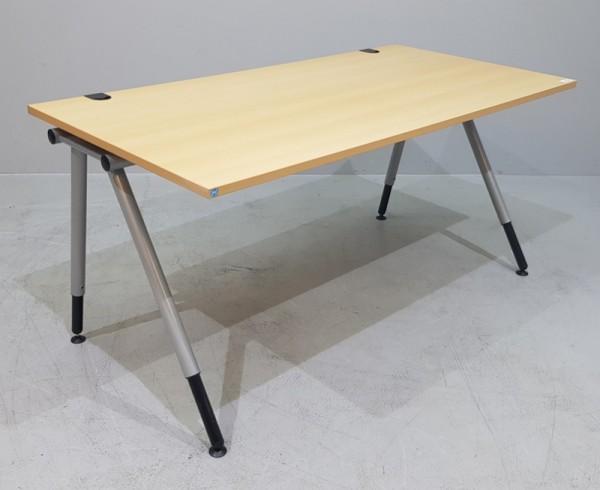K & N - Schreibtisch 160 cm, buche