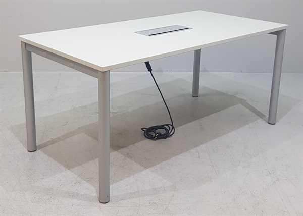 K & N - Besprechungstisch B 140 cm, lichtgrau