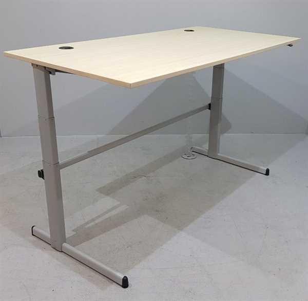 Steelcase - Steh- Sitz- Schreibtisch 200 x 100 cm