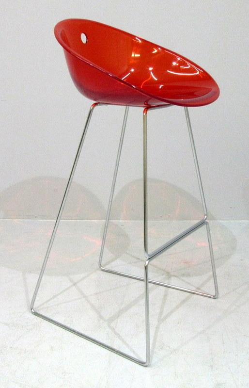 Design Barhocker Kunststoffschale transparent