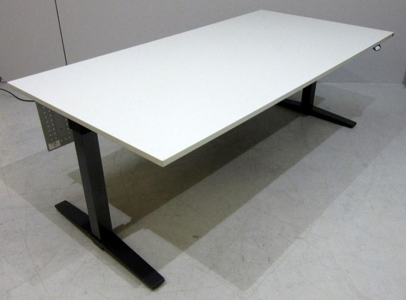 Schreibtisch 200 X 80 2021