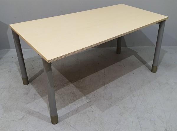 Bene - FF-Schreibtisch 160 cm li., ahorn